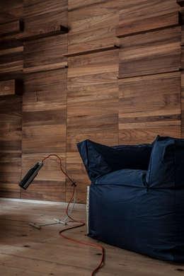 Walls & flooring by streethomestudio
