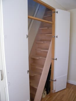 modern Corridor, hallway & stairs by TKstairs