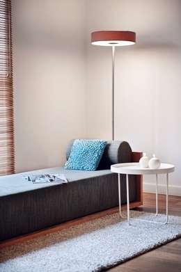 Dom prywatny 2012: styl , w kategorii Korytarz, przedpokój zaprojektowany przez formativ. indywidualne projekty wnętrz