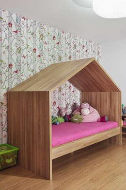 Dom prywatny 2014: styl , w kategorii Pokój dziecięcy zaprojektowany przez formativ. indywidualne projekty wnętrz