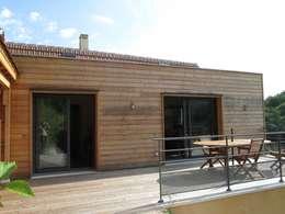 Terrasse: Maisons de style de style Moderne par LIARSOU et CONSTANT architectes DPLG