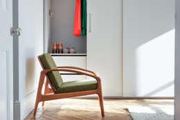 modern Bedroom by deDraft Ltd