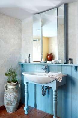 Wiejska chata: styl , w kategorii Łazienka zaprojektowany przez Studio Projektowe RoRO interior + design