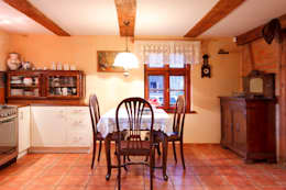 Wiejska chata: styl , w kategorii Kuchnia zaprojektowany przez Studio Projektowe RoRO interior + design