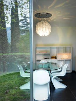 Comedores de estilo moderno por Studio Marco Piva