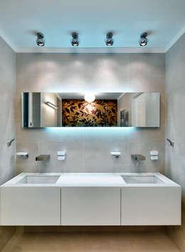 Projekty,  Łazienka zaprojektowane przez Studio Marco Piva