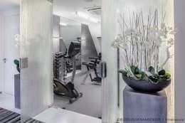 minimalistic Gym by Decoussemaecker Interieurs