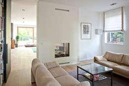 Projekty,  Pokój multimedialny zaprojektowane przez Architekturbüro J. + J. Viethen