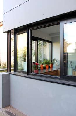 Atelier d'architecture Pilon & Georges의  창문