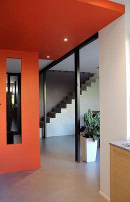 Кухни в . Автор – Atelier d'architecture Pilon & Georges