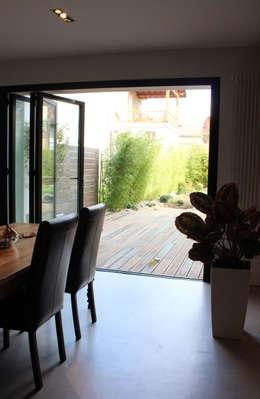 اتاق غذاخوری by Atelier d'architecture Pilon & Georges