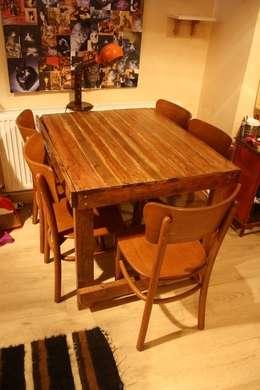 Atölye Butka – Palet Yemek Masası: rustik tarz tarz Yemek Odası