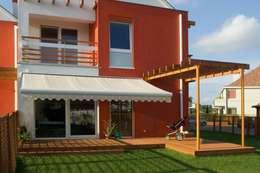 markiza tarasowa: styl , w kategorii Balkon, weranda i taras zaprojektowany przez Markiz Serwis