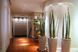Corridor & hallway by MeyerCortez arquitetura & design