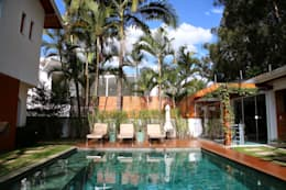 modern Pool by MeyerCortez arquitetura & design