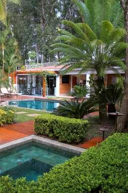 Kolam Renang by MeyerCortez arquitetura & design
