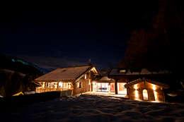 Chalet de Claude: extérieur: Maisons de style de stile Rural par shep&kyles design