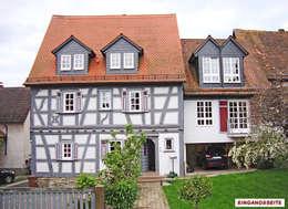 koloniale Huizen door Architekturbüro Hans-Jürgen Lison