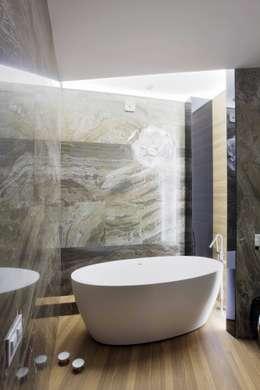 Квартира по ул. Февральской Революции: Ванные комнаты в . Автор – Галина Глебова