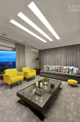 Salas de estilo moderno por Carolina Burin Arquitetura Ltda