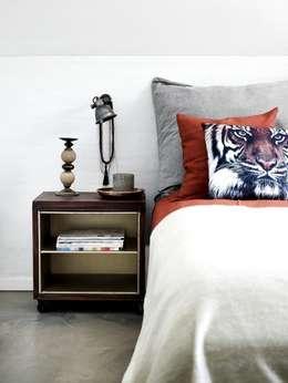 industrial Bedroom by Luku Home