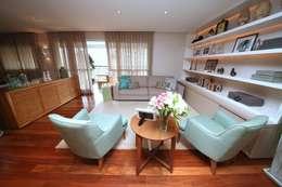 MeyerCortez arquitetura & design: modern tarz Oturma Odası