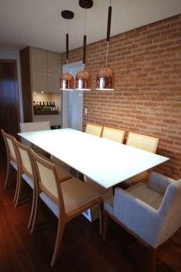 Comedores de estilo moderno por MeyerCortez arquitetura & design