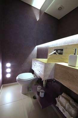 Baños de estilo moderno por MeyerCortez arquitetura & design