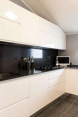 Una cucina in bianco e nero? Perché no!
