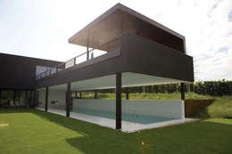 modern Houses by Descender Fronts by Kollegger