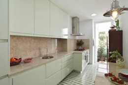 Projekty,  Kuchnia zaprojektowane przez Tiago Patricio Rodrigues, Arquitectura e Interiores