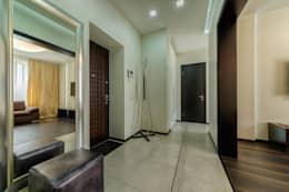 minimalistic Corridor, hallway & stairs تنفيذ Platon Makedonsky