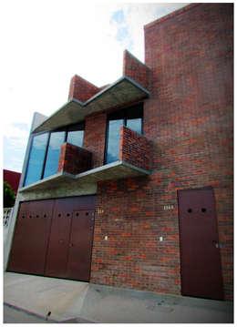 Casa Orizaba: Casas de estilo industrial por Constructora e Inmobiliaria Catarsis