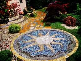 Mosaik: mediterraner Garten von Neues Gartendesign by Wentzel