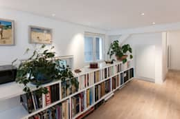 modern Study/office by Fables de murs