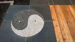 Mosaik: asiatischer Garten von Neues Gartendesign by Wentzel