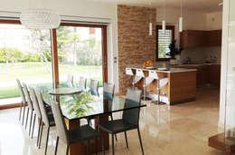 Comedores de estilo moderno por Lucia D'Amato Architect