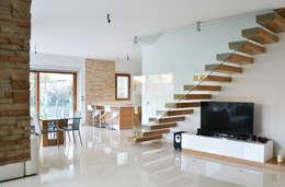 Salas / recibidores de estilo moderno por Lucia D'Amato Architect