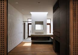 井上洋介建築研究所의  화장실