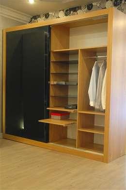 WENNA DESIGN   – Wenna Design: modern tarz Giyinme Odası