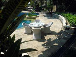 Monte Carlo Dining Set:  Garden  by Garden Furniture Centre