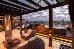 Terrazas de estilo  por Adriane Cesa Arquitetura