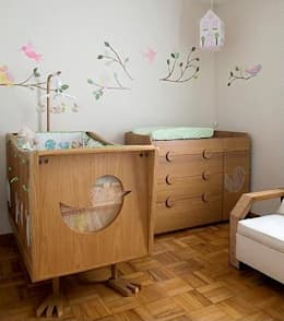 modern Nursery/kid's room by Estudio Amélia Tarozzo