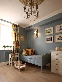 classic Nursery/kid's room by Дизайн бюро Татьяны Алениной