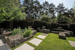 modern Garden by Naturform Japangärten & Koiteichbau