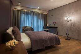 Dormitorios de estilo moderno por kababie arquitectos