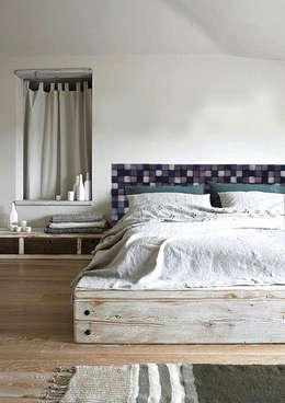 Dormitorios de estilo rural por DrewnianaŚciana