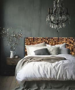 rustic Bedroom by DrewnianaŚciana