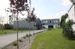 Dom ZESTAWNA : styl industrialne, w kategorii Domy zaprojektowany przez REFORM Konrad Grodziński