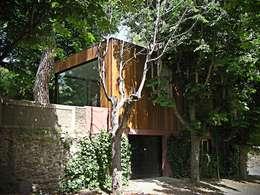 Projekty, minimalistyczne Domy zaprojektowane przez homify